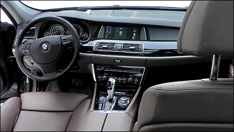 BMW I Gran Turismo XDrive Review Video Autocom - 2011 bmw 535 gt