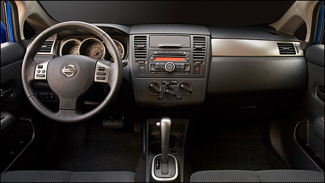 While The Interior Wonu0027t Win Any Design Awards, Itu0027s Exceptionally Roomy  For This Class. (Photo: Nissan)