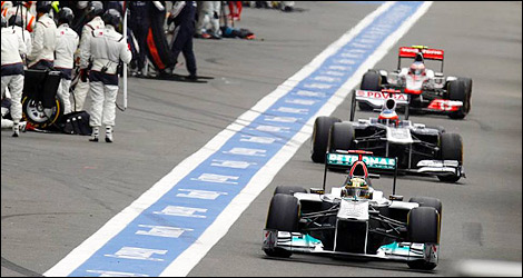 f1 to reduce pit speed to 60 kph in 2012. Black Bedroom Furniture Sets. Home Design Ideas