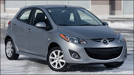 Superb 2012 Mazda2 GS Front 3/4 View