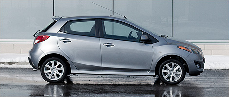 2012 Mazda2 GS Right Side View