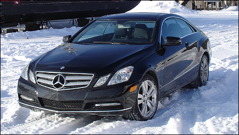 2012 Mercedes-Benz E 350 Coupe 4MATIC front 3/4 view