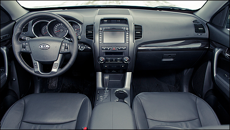 2012 Kia Sorento EX-V6 Luxury dashboard