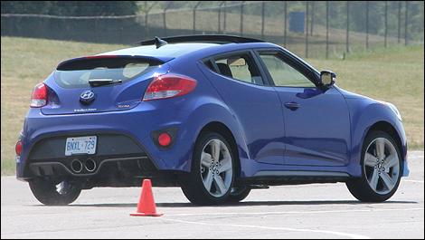 2013 Hyundai Veloster Turbo First Impressions Auto123 Com