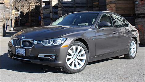 BMW I Sedan Review Autocom - Bmw 320i 2012