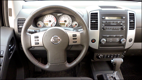 2012 Nissan Frontier Pro 4X 4X4 Crew Cab Interior