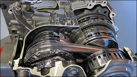 2013 Nissan Sentra Transmission >> 2013 Nissan Sentra First Impressions Auto123 Com