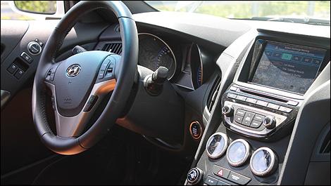 2013 Hyundai Genesis Interior