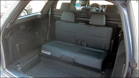 2012 Mercedes-Benz E 350 4MATIC Wagon rear seat