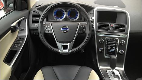 2012 Volvo Xc60 T6 Awd R Design Platinum Review Auto123 Com