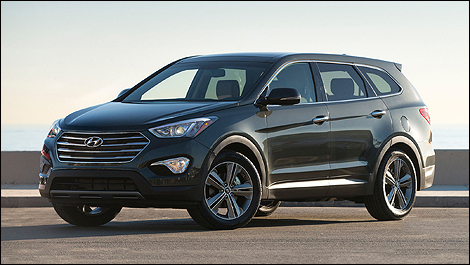 hyundai launches 2013 santa fe car news auto123. Black Bedroom Furniture Sets. Home Design Ideas