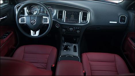 2013 Dodge Charger Sxt Plus Awd Review Auto123 Com
