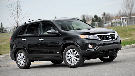 kia first front review cars and drive trend motor sorento