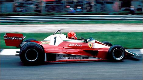 F1 Looking At Niki Lauda S Ferrari And James Hunt S Mclaren Of 1976