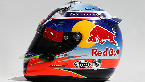 f1 les casques des pilotes de formule 1 2014 photos. Black Bedroom Furniture Sets. Home Design Ideas