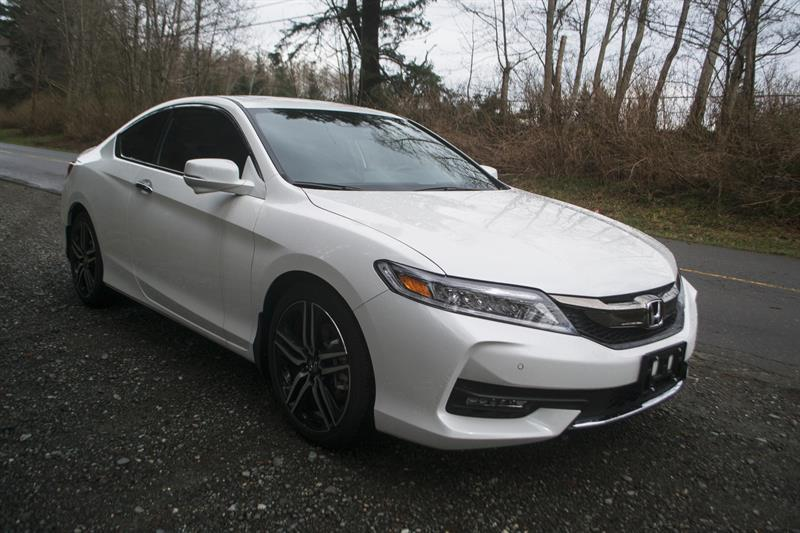 Honda Accord Coupe 3