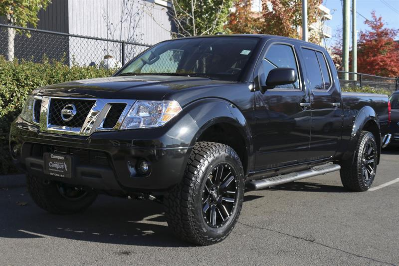 Nissan Frontier 4WD Crew Cab 9