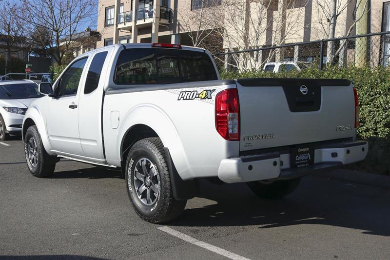 Nissan Frontier 4WD King Cab 10