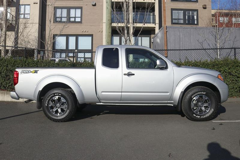 Nissan Frontier 4WD King Cab 2