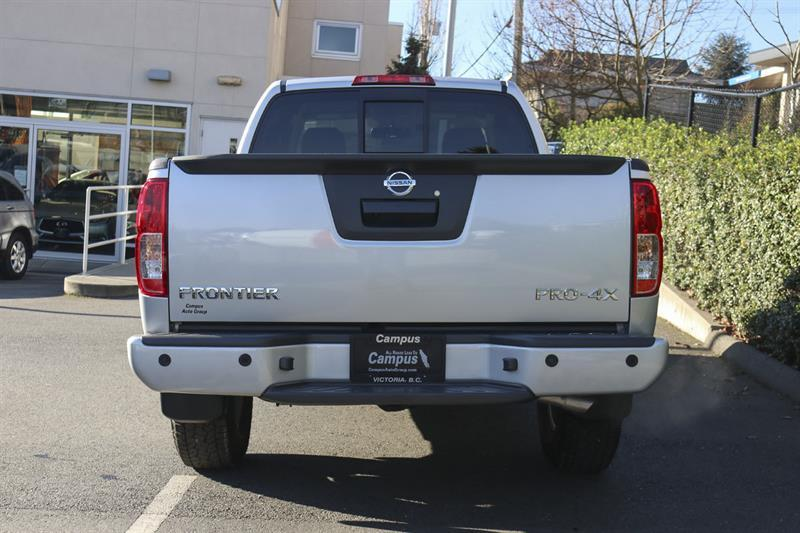Nissan Frontier 4WD King Cab 4
