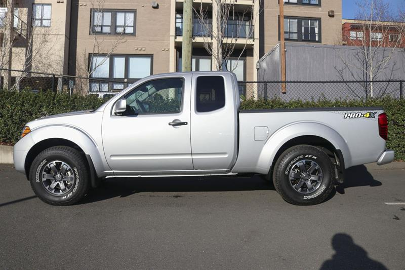 Nissan Frontier 4WD King Cab 9