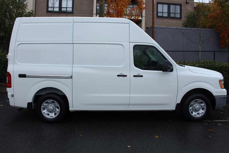 Nissan NV2500 HD SV High Roof Cargo 2