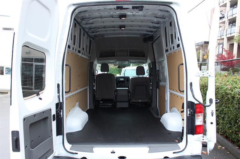 Nissan NV2500 HD SV High Roof Cargo 26