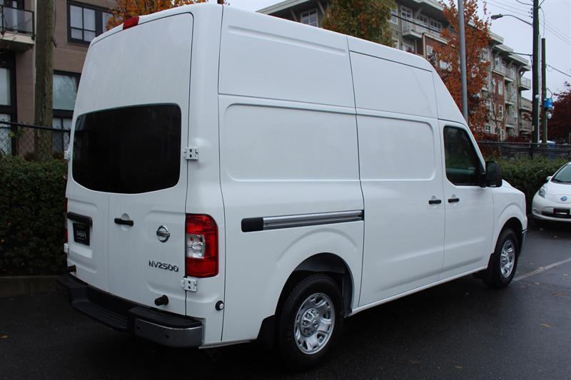 Nissan NV2500 HD SV High Roof Cargo 3