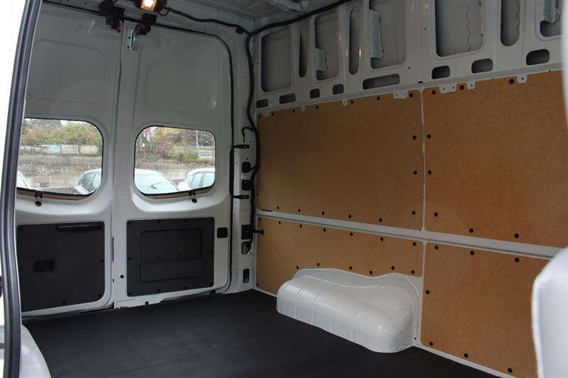Nissan NV2500 HD SV High Roof Cargo 6
