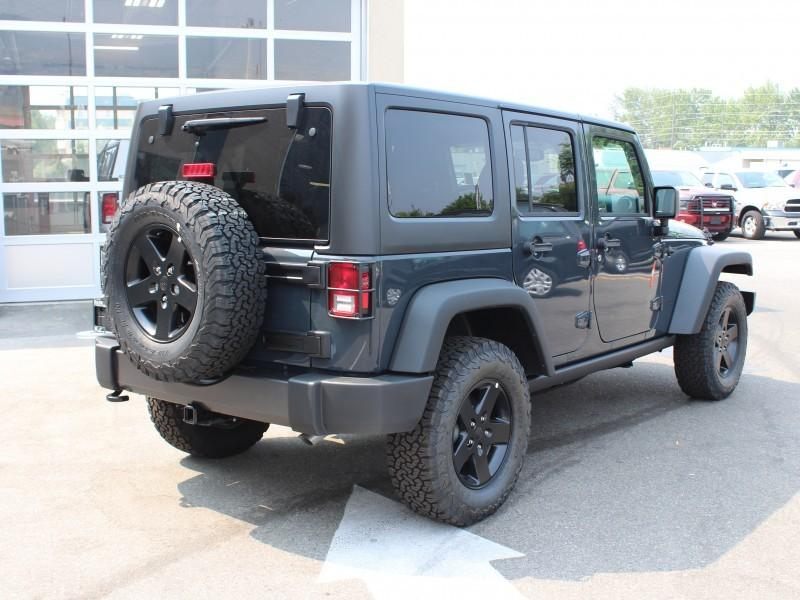 Jeep Wrangler Unlimited 6