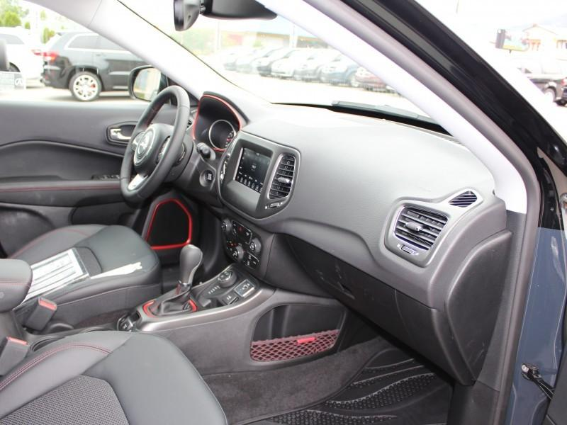 v hicule jeep compass 2017 neuf vendre penticton colombie britannique auto123. Black Bedroom Furniture Sets. Home Design Ideas