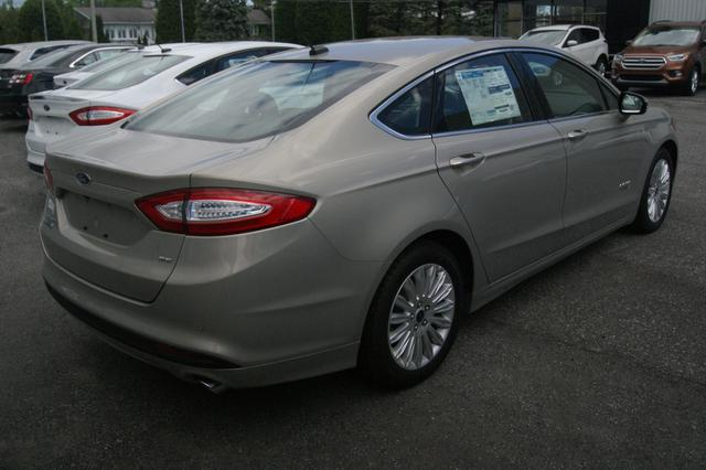 Ford Fusion energi SE LUXURY 7