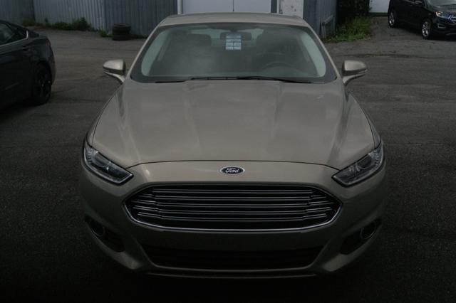 Ford Fusion energi SE LUXURY 10