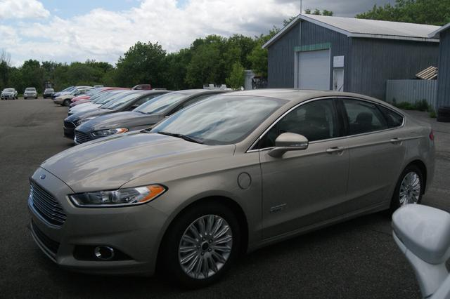 Ford Fusion energi SE LUXURY 2