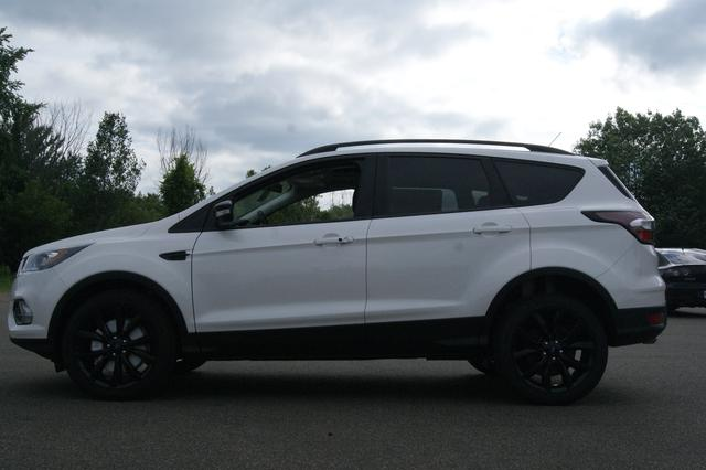 Ford Escape SE 2