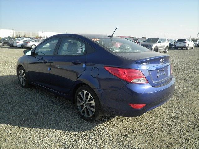 Hyundai Accent Sedan 4