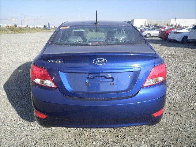 Hyundai Accent Sedan 6