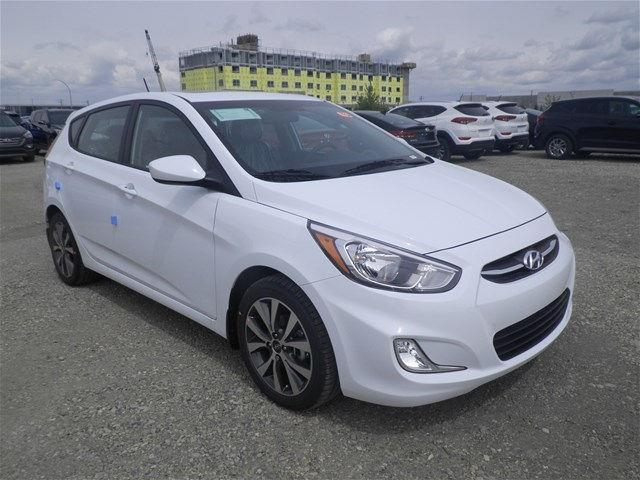 Hyundai Accent Hatchback 12