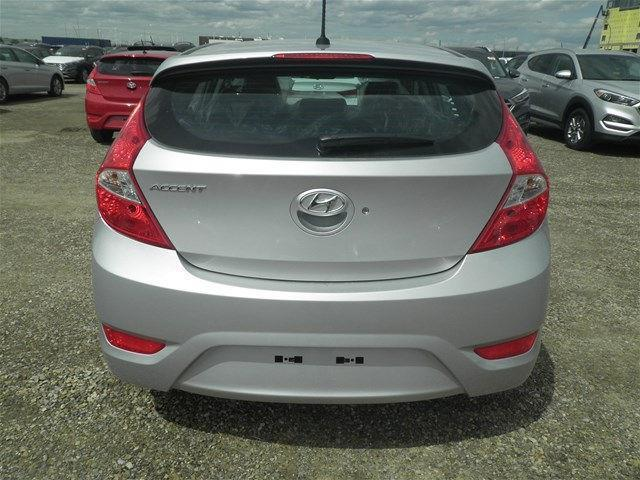 Hyundai Accent Hatchback 4