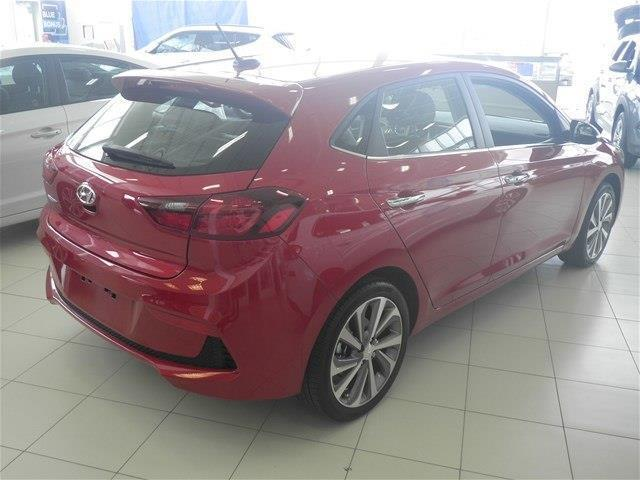 Hyundai Accent Hatchback 6