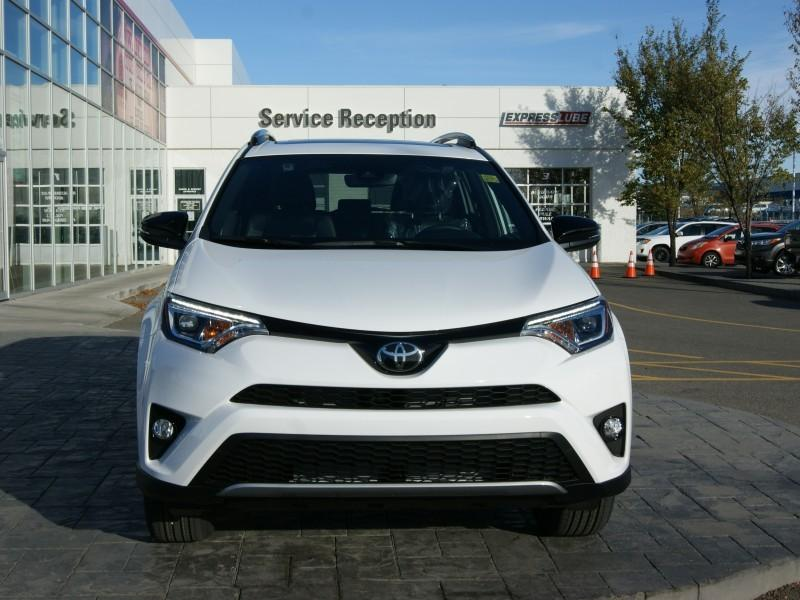 v hicule toyota rav4 2018 neuf vendre calgary alberta. Black Bedroom Furniture Sets. Home Design Ideas