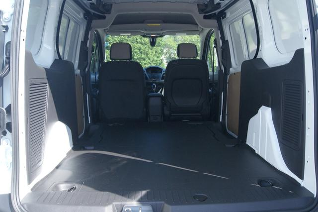 Ford Transit Connect XLT 12