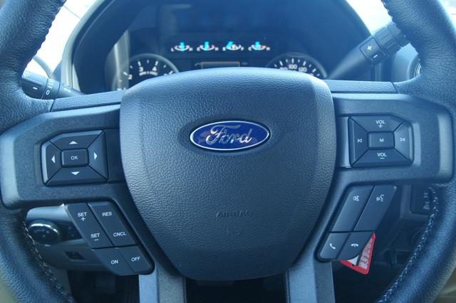 Ford F-150 SUPERCREW-157 12