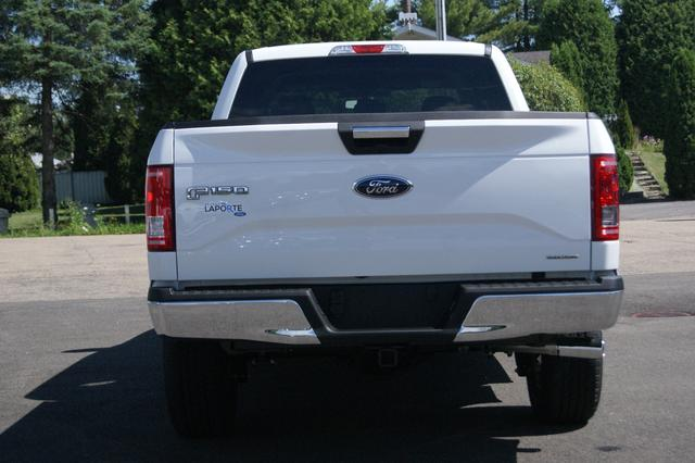 Ford F-150 SUPERCREW-157 4