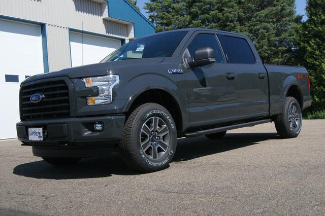 Ford F-150 SUPERCREW-157 1