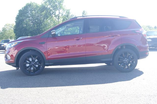Ford Escape Titanium 2
