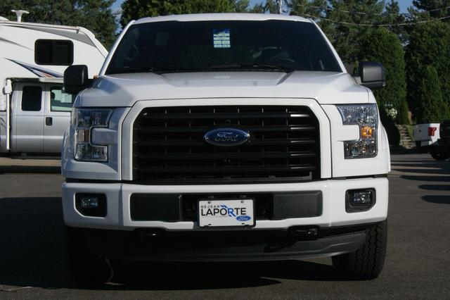 Ford F-150 4x4 Super Crew Long Bed XLT 8