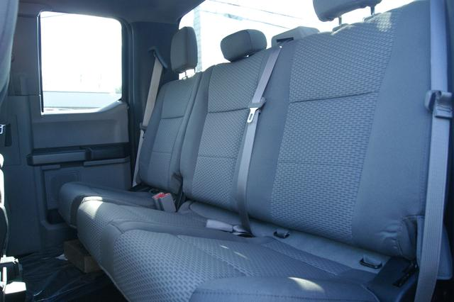 Ford F-150 CAB DOUBLE-145 15