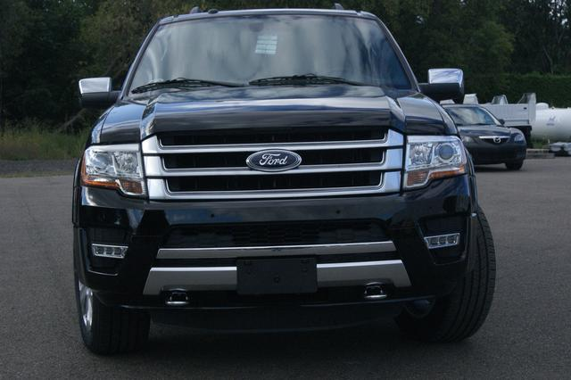 Ford Expedition MAX Platinum 8