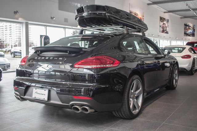 v hicule porsche panamera 4s 2016 neuf vendre laval qu bec 7729656 auto123. Black Bedroom Furniture Sets. Home Design Ideas